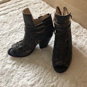 Freebird by Steven open toe boots